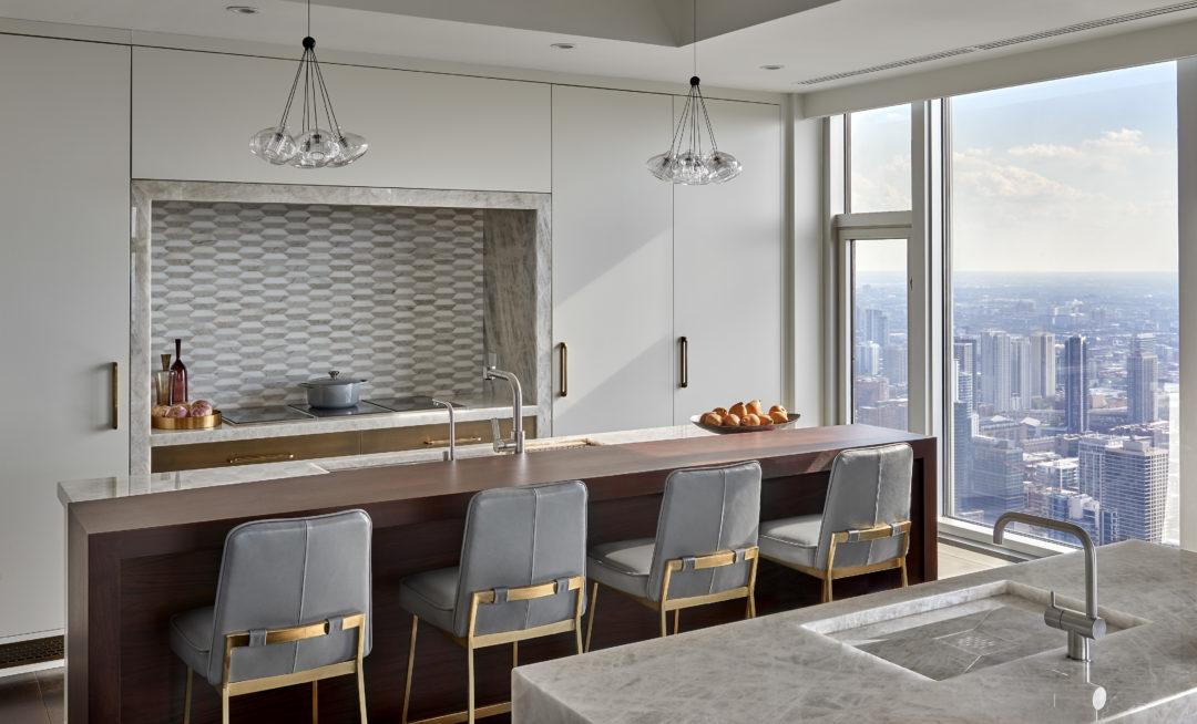 Penthouse Perfection – Magnificent Mile